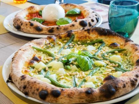 Pizza Genovese-Restaurant Hotel alla Fonte-Arta Terme-Carnia
